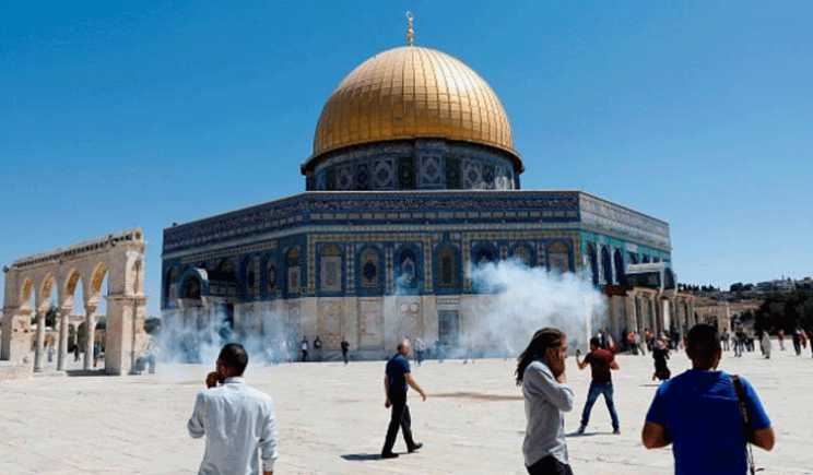 What is happening in Al-Aqsa Mosque calls for an Arab, Islamic, International deterring stance to Israeli Occupation